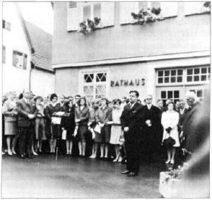 Einweihung des Emil-Martin-Platzes am 9.6.1968.