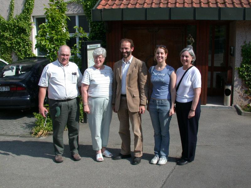 v. l. John & Brenda Kearns, Bürgermeister Dr. Soltau, Kerry & Gena Schantz